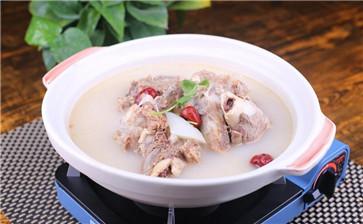 猪骨高汤的熬制方法